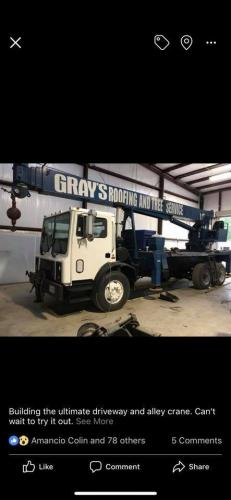 grays roofing crane truck
